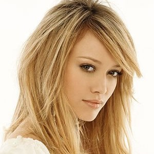 Hilary Duff- Reach Out Lyrics