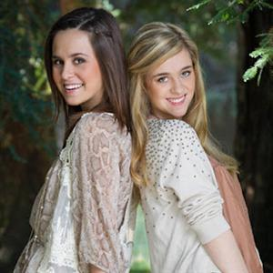 Megan and Liz - Switch Hearts Lyrics