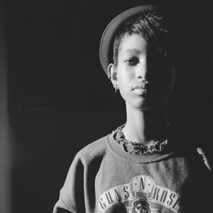 Willow Smith - Drowning Lyrics (feat. Mecca Kalani)